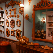 antique dealers and restaurers in florence