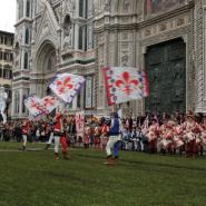 flags in santa maria del fiore